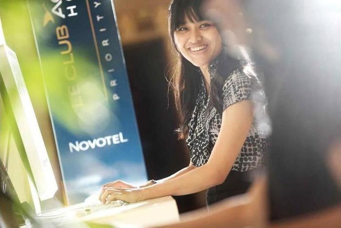 Novotel Surabaya Hotel & Suites Surabaya - Meeting Facility