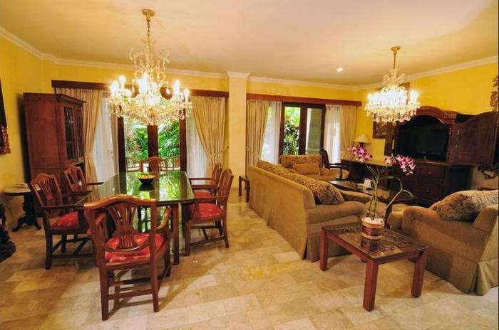 Hotel Kumala Pantai Bali - Living Area
