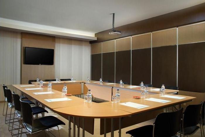 ibis Budget Surabaya Airport - Meeting Facility