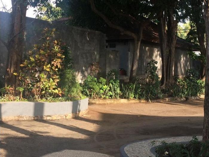 Lilin Lovina Beach Hotel Bali - Hotel Entrance