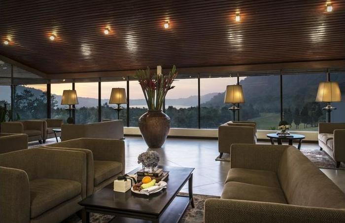 Handara Golf & Resort Bali - Lobby Sitting Area