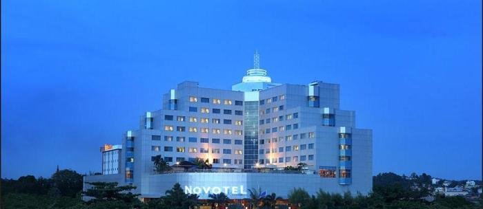 Novotel Balikpapan - Business Center