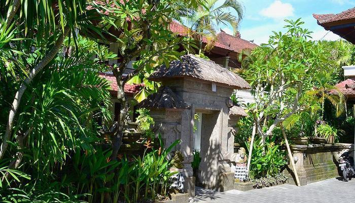 Flamboyan Hotel Bali - Tampilan Luar
