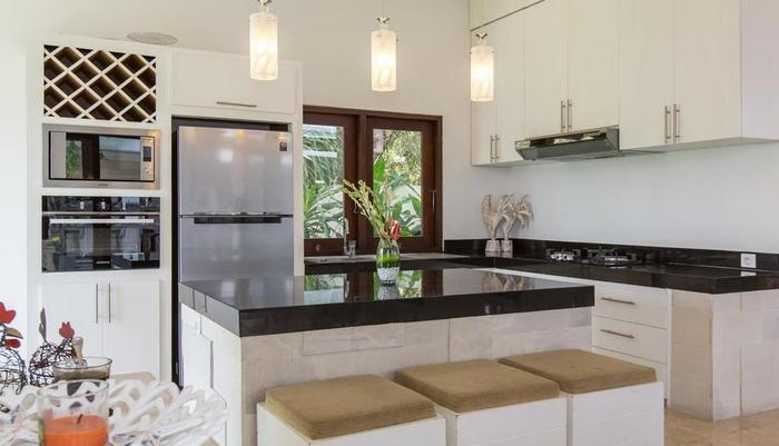 Club Corner Residence by Nagisa Bali Bali - dapur