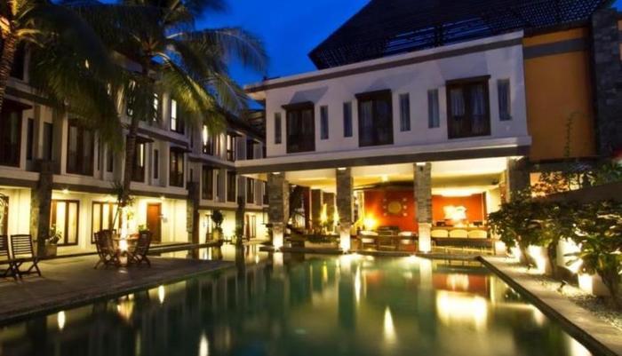 Casa Padma Suites Legian - Pemandangan