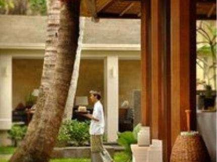 Kayumanis Sanur Private Villa & Spa Bali - Karyawan