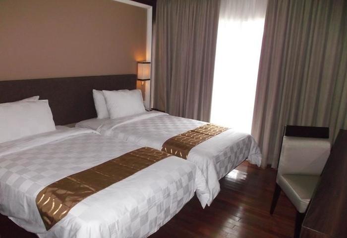 HOM Gowongan Platinum Hotel Yogyakarta - Twin Bedroom