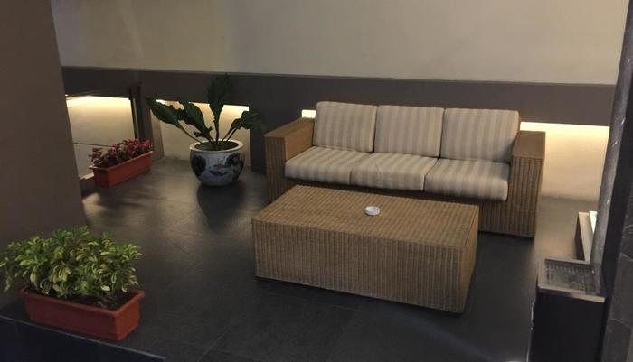 M Premiere Hotel Bandung - Seating Area