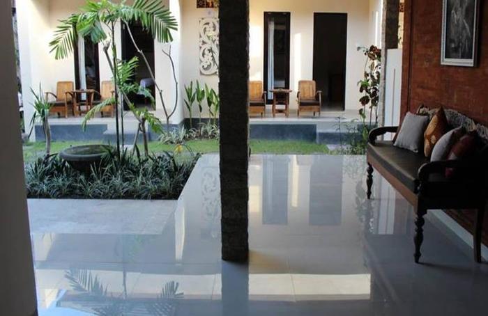 Blanjong Homestay Bali - Interior