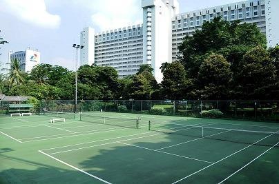 Hotel Borobudur Jakarta - Outdoor Tennis Court