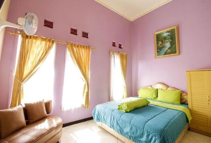Hotel Ramayana Garut - Standard Room