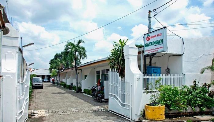 RedDoorz near City of Tomorrow Mall Gayungan -