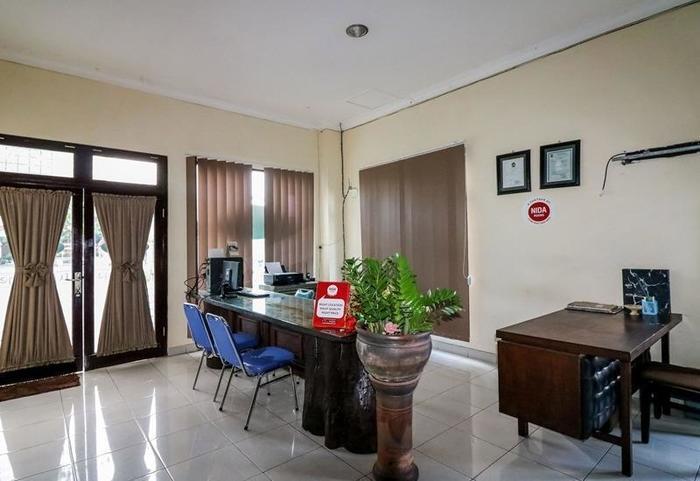 NIDA Rooms Yogyakarta Pramuka - Lobi