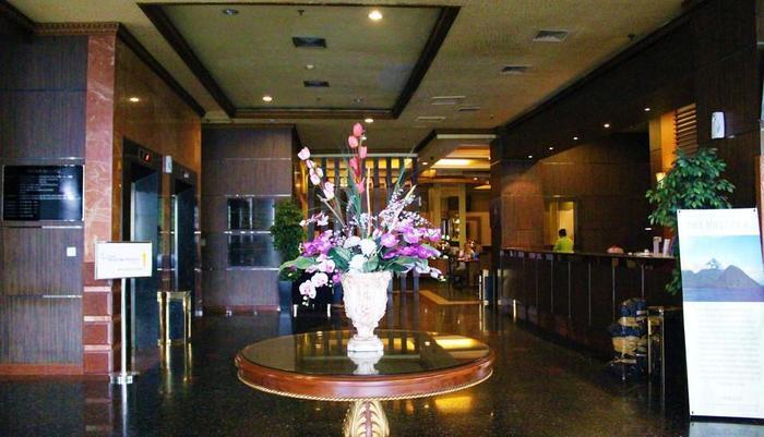 ZEN Rooms near Grand Indonesia Mall Jakarta - Lobi