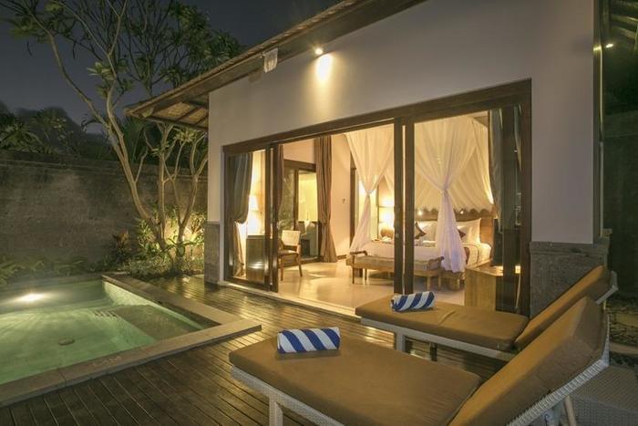 De Uma Lokha Bali - Kolam Renang