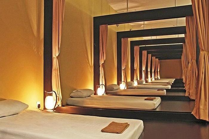 Harmoni One Convention Hotel Batam - Aruma refleksi
