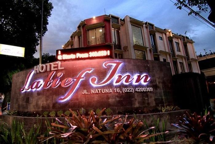 Latief Inn Hotel Bandung - Tampilan Luar Hotel