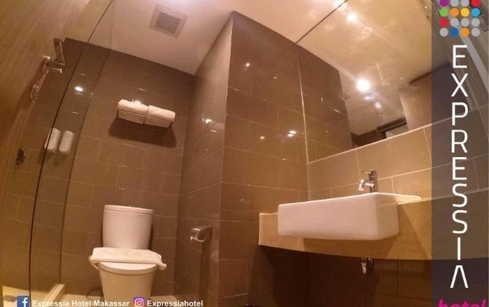 Expressia Hotel Makassar - Kamar Mandi