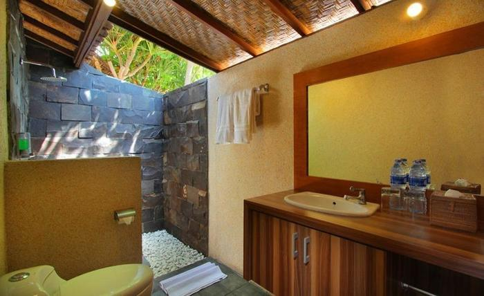 Pesona Mangrove Bungalow Lembongan - Kamar mandi
