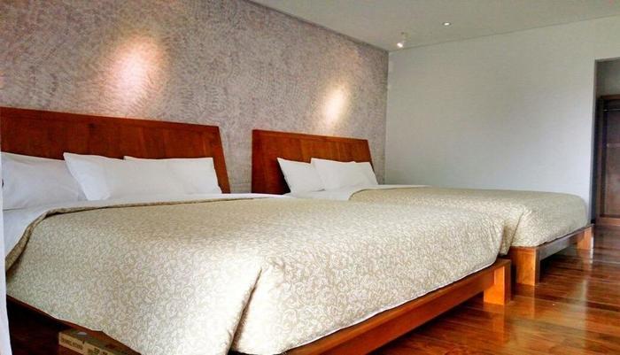 Lembah Sarimas Hotel Subang - Room