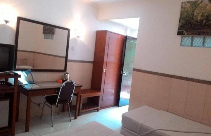 Hotel Surakarta 2 Tulungagung - Kamar tamu