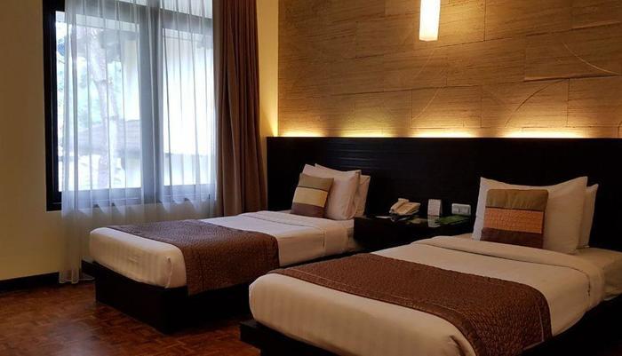 Puteri Gunung Hotel Lembang - Grand Deluxe