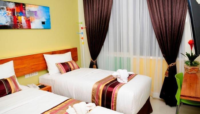 BIZ Boulevard Hotel Manado - Kamar tamu