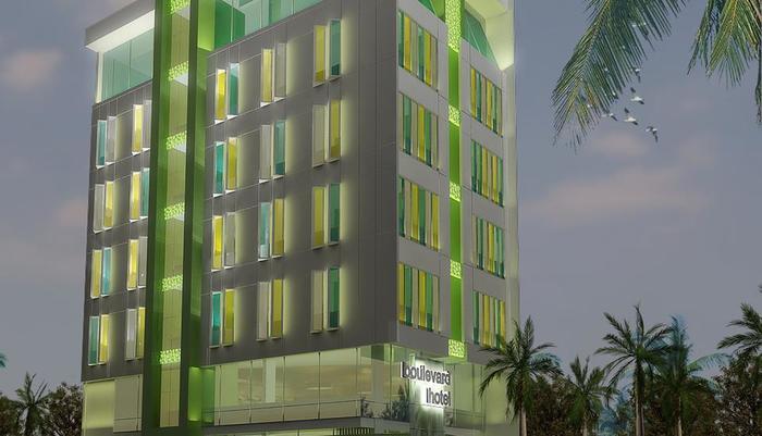BIZ Boulevard Hotel Manado - Eksterior bangunan