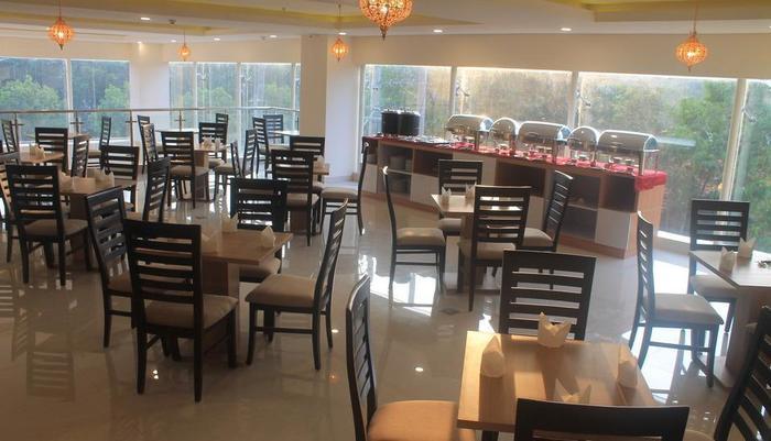 Namira Syariah Surabaya Hotel Surabaya - Restoran