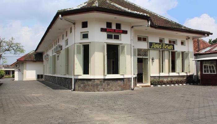 HOTEL BESAR Purwokerto - Fasad Depan
