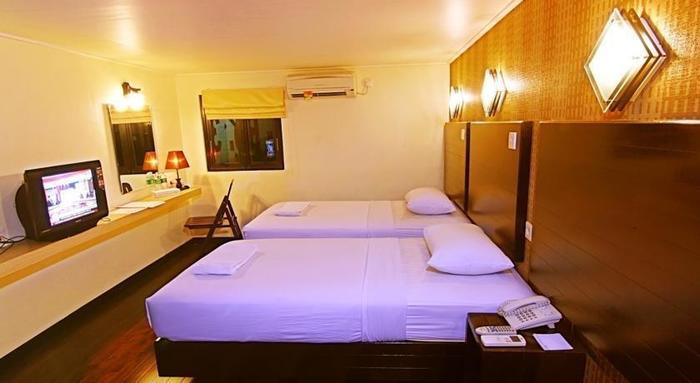 Mervit Hotel Padang - (14/Mar/2014)