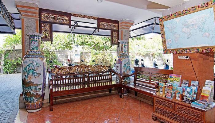 ZenRooms Paradise Legian Hotel Bali - Lobi