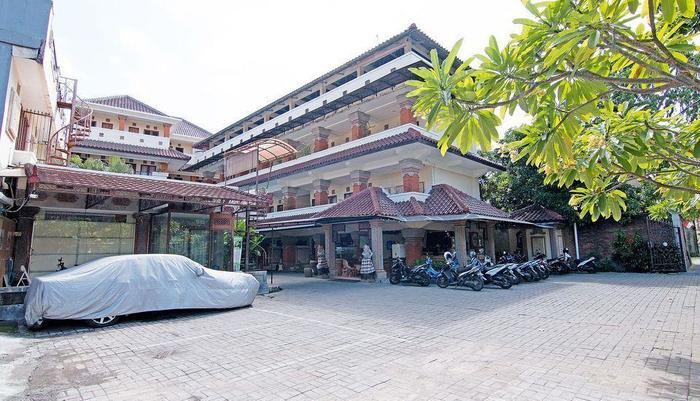 ZenRooms Paradise Legian Hotel Bali - Tampak luar