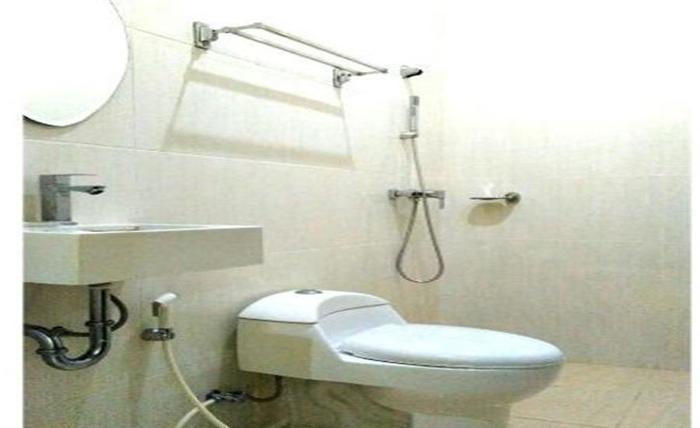 Omah Denaya Hotel Surabaya - Kamar mandi