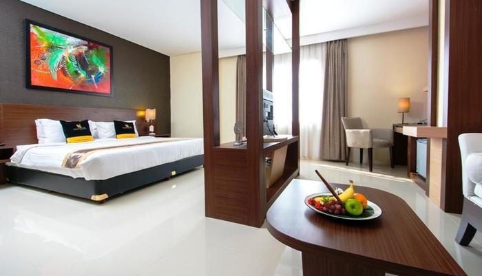 Noormans Hotel Semarang - Kamar Deluxe Premiere