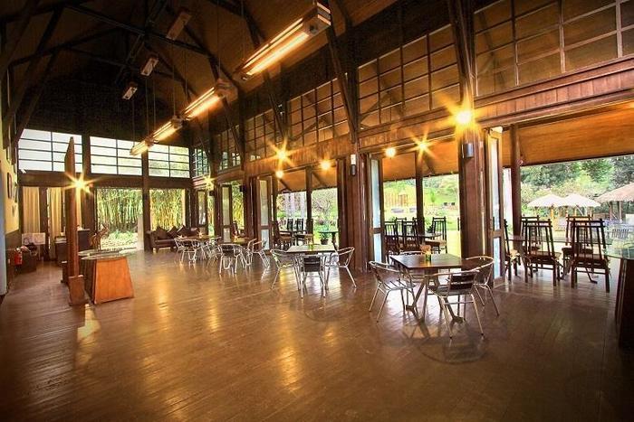The Green Forest Resort Bandung - Kampoeng Awi Resto