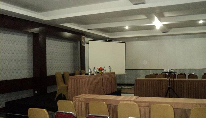 Surya Yudha Park Banjarnegara - Meeting room