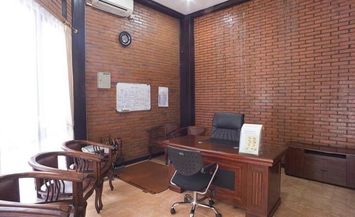 RedDoorz @Cilandak Timur Jakarta - Interior