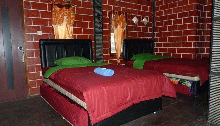 Yoschi's Hotel Probolinggo - villa2