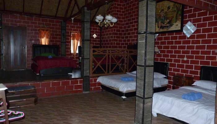 Yoschi's Hotel Probolinggo - villa3