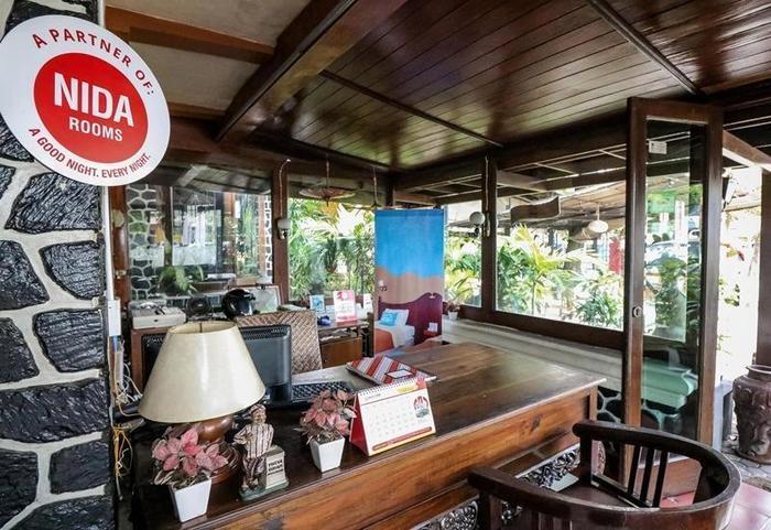 NIDA Rooms Cik Di Tiro Tugu Jogja - Resepsionis