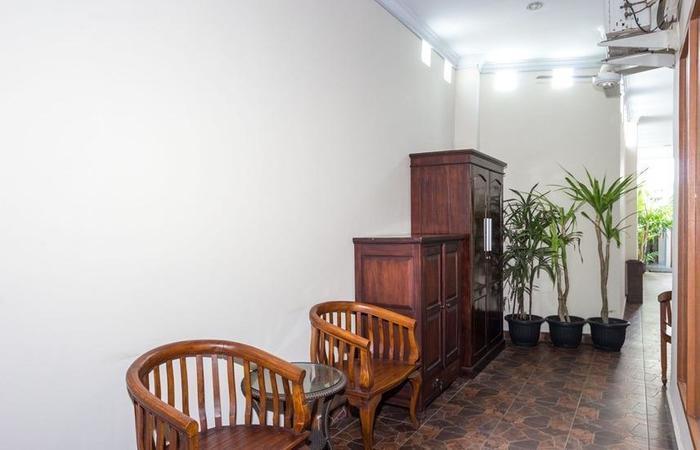 RedDoorz @Danau Tamblingan Sanur 2 - Interior