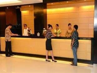 Emilia Hotel by Amazing Palembang - Resepsionis