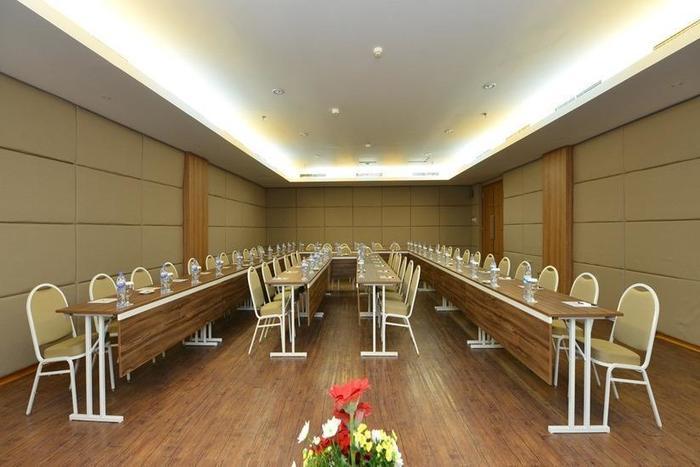Emilia Hotel by Amazing Palembang - Ballroom