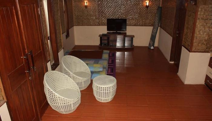Villa Putri Dimar Darajat Garut - Ruang tamu