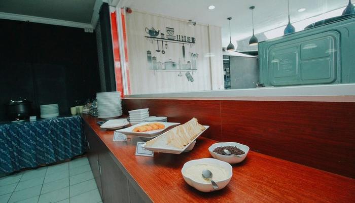 New Hotel Lilik Yogyakarta - Makanan