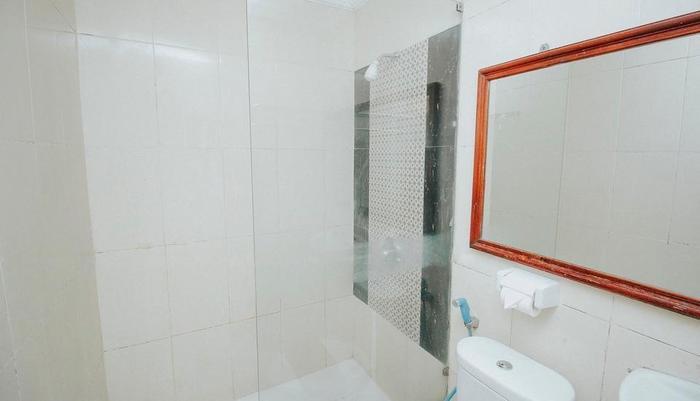 New Hotel Lilik Yogyakarta - Kamar Mandi