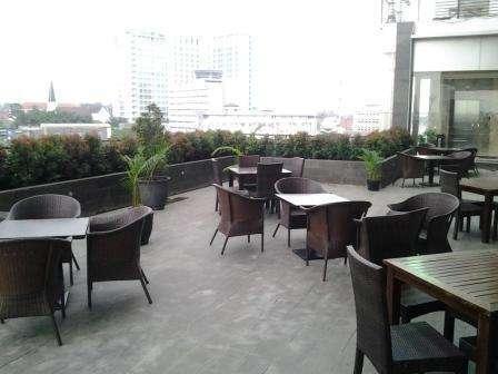 Gino Feruci Hotel Bandung - Kolam Renang