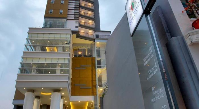 Gino Feruci Hotel Bandung - Tampilan Luar