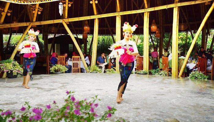 Royal Casa Ganesha Hotel & Spa Ubud Bali - Tari Bali